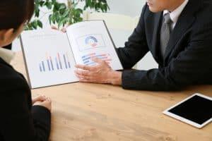 インデックスファンドとETFの違いとは?各商品の特徴や使い方(乗り換え・リレー投資)など解説