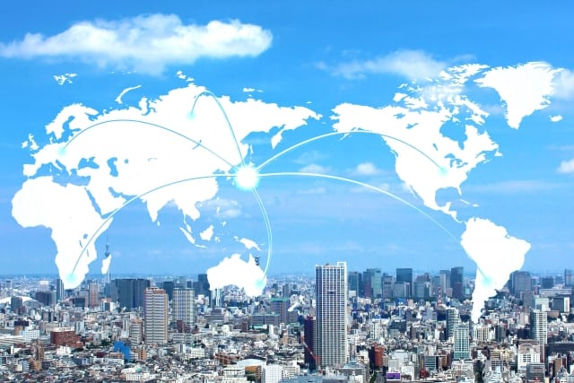 三井住友・DC全海外株式インデックスファンドとは?分配金や手数料、実質コストの評価、他日本株ファンドとの比較も