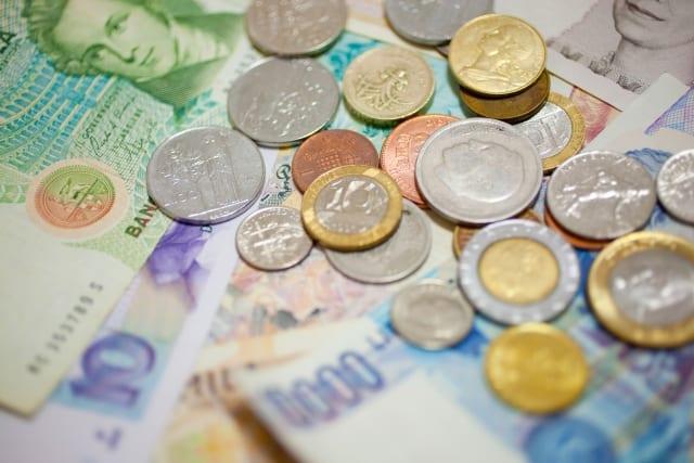 eMAXIS先進国債券インデックスとは?分配金や手数料、実質コストの評価、他外国(先進国)債券ファンドとの比較も