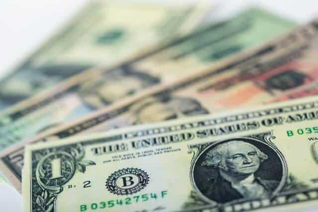 住信SBIネット銀行・外貨預金の評判は?特徴・手数料など解説