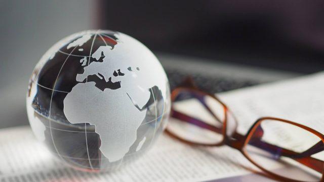 eMAXIS Slim全世界株式(3地域均等型)の評価は?他ファンドとの比較やポートフォリオ解説